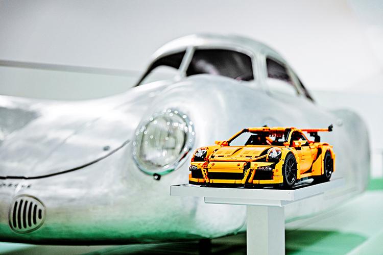 Lego_Porsche_Stuttgart_small_4